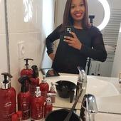 """""""Une gamme que j'adore""""  Merci à @mi_afrolatino_fr d'aimer et d'utiliser nos produits    Vous aussi, voulez-vous la tester ? . . #gamme #gammecapillare #KerarganiC  #soincheveux #stylist #soincapillaire #lissagebresilin #soinkeratine #botoxcapillaire #hairsalon #keratine #france #photooftheday #coiffurelisse #lissage #coiffeuse"""